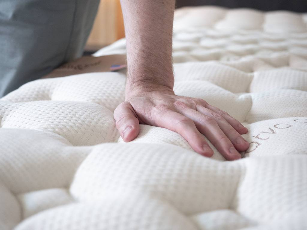 Loom and Leaf mattress memory foam feel