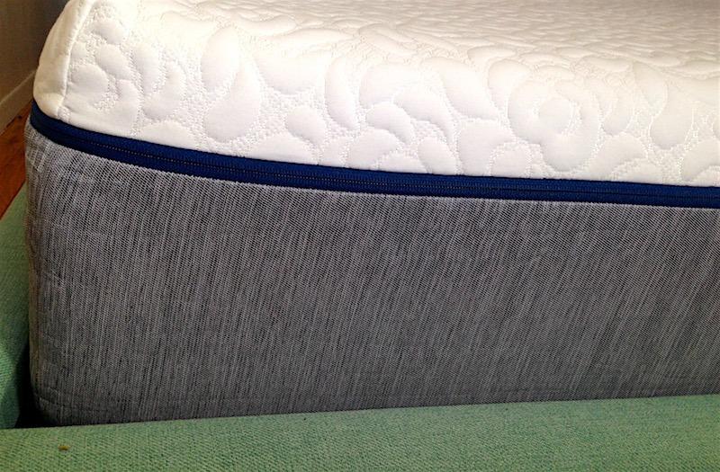 Novosbed Memory Foam mattress side view