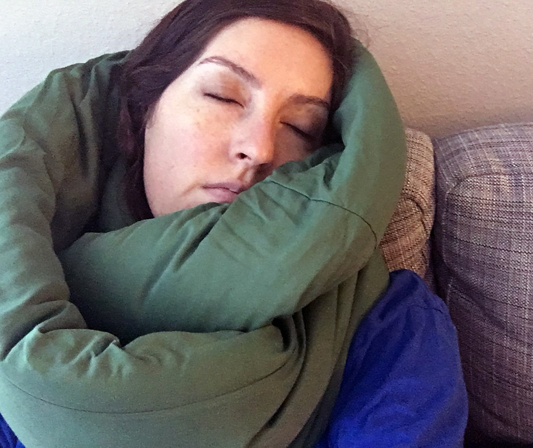 Huzi Infinity Travel Pillow