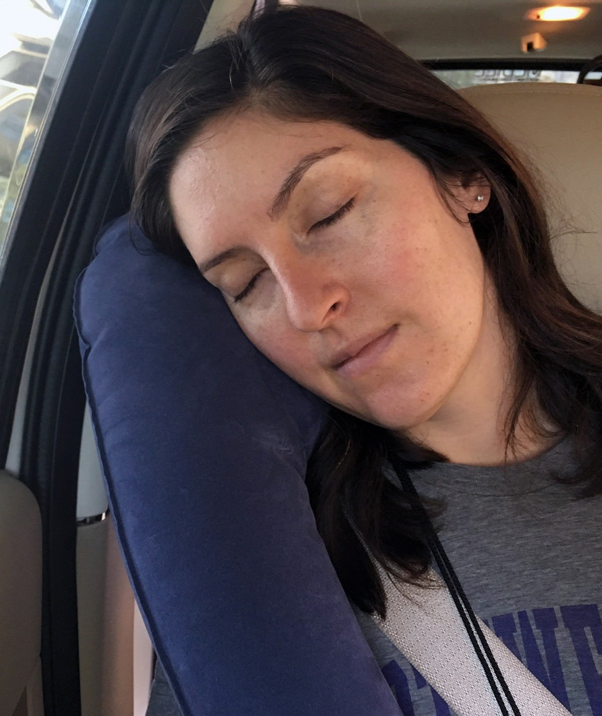 Travelrest Ultimate Inflatable Travel Pillow Review