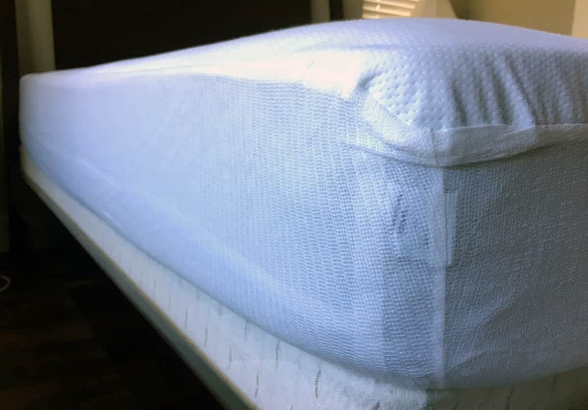 fitted mattress protector. Casper Fitted Mattress Protector E
