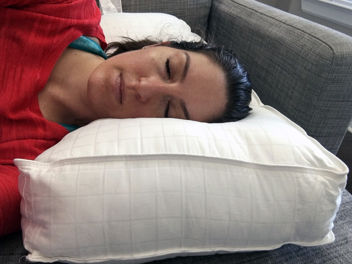 Beyond Down Gel Fiber Side Sleeper Pillow Review