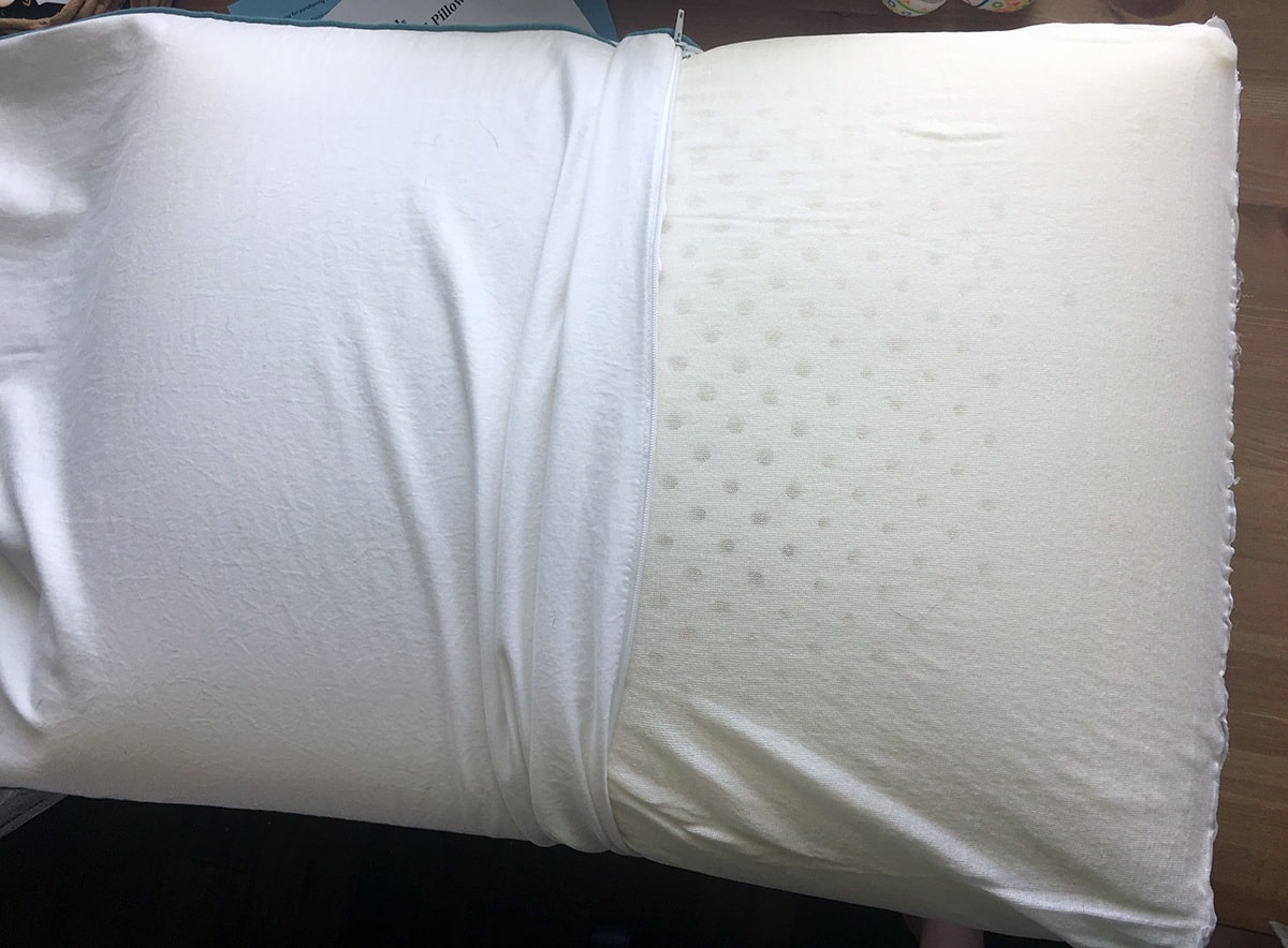 Iso Cool Traditional Shaped Foam Pillow Review