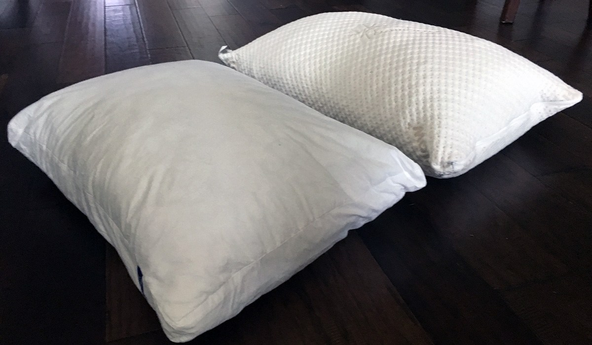 Pillow Reviews: Casper vs. Snuggle-Pedic