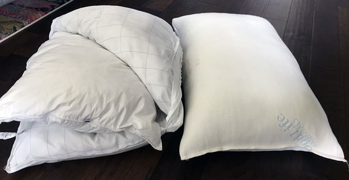Pillow Reviews: Good Life Essentials vs. Casper