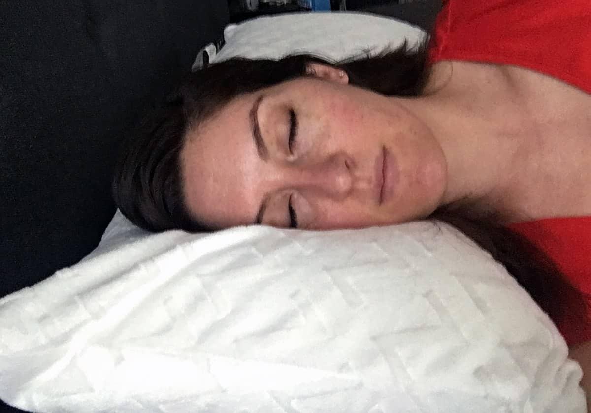 Z 100 Natural Talalay Latex Zoned Pillow Review