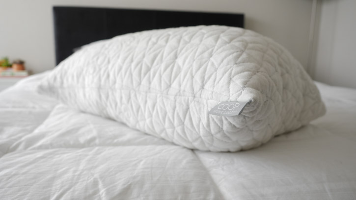 best pillow for side sleepers. Black Bedroom Furniture Sets. Home Design Ideas