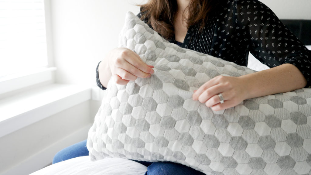 Layla Pillow Review- knit cover