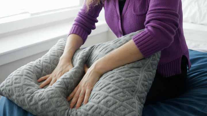 Eli & Elm Shredded Foam Pillow Review - shredded foam and polyester fiber fill