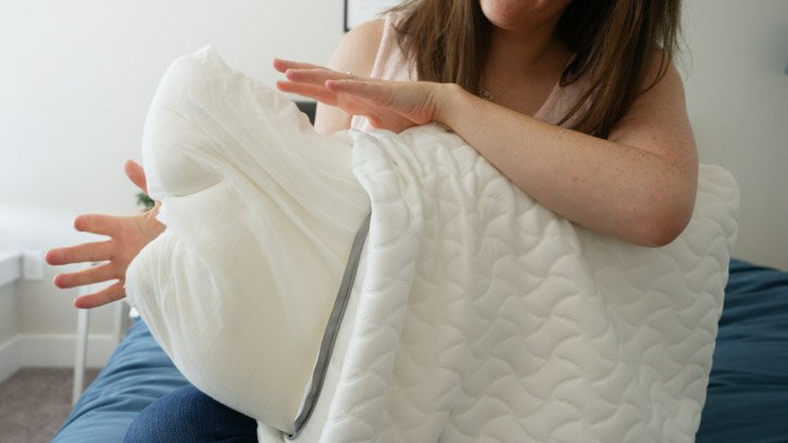 TEMPUR-Cloud Pillow Is Filled With Slow Response TEMPUR Material Foam