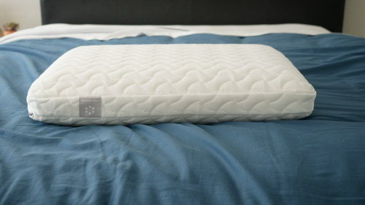 "TEMPUR-Cloud pillow with 5"" height profile on bed"