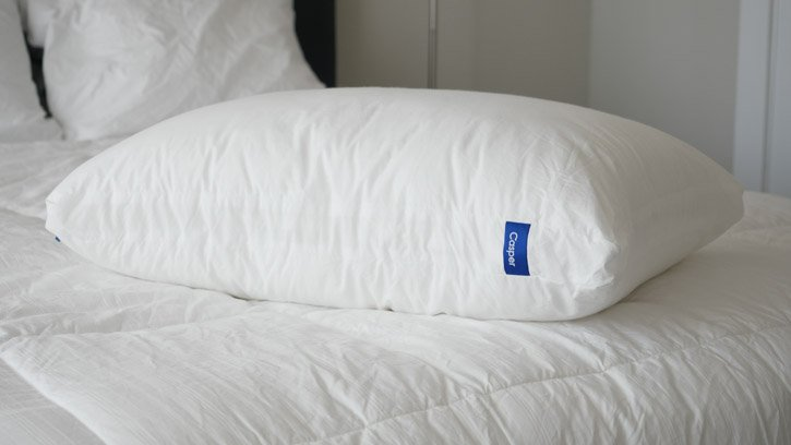 Casper's pillow features a pillow-in-a-pillow design