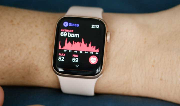 The Pillow sleep app on an Apple Watch