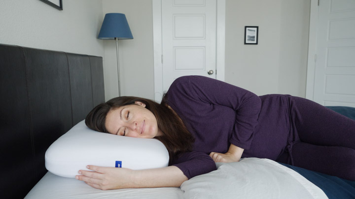 Casper foam pillow - average sized side sleepers