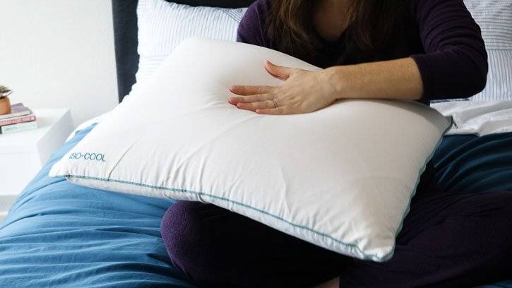 4 Best Pillows For Stomach Sleepers 2020 Mattress Clarity