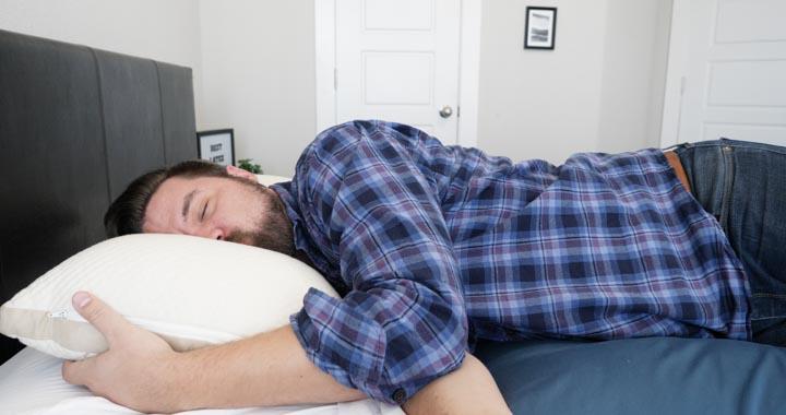 best latex pillows 2020 - martens -take