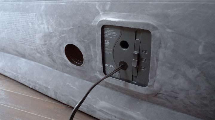 Intex Air Mattress - Built-In Pump