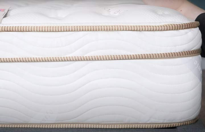 Saatva Mattress - Construction