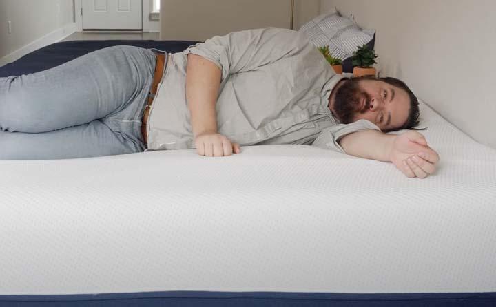 Amerisleep AS5 - Side Sleeping