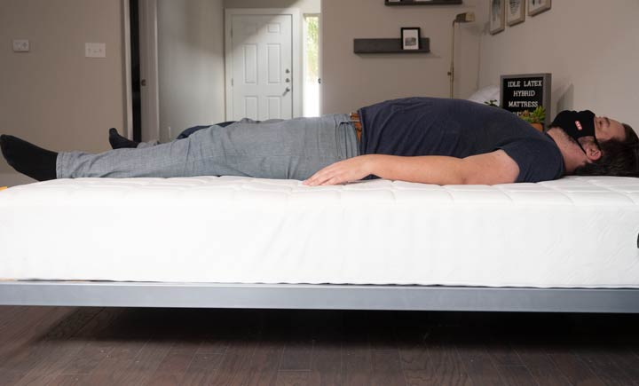 Simmons Hybrid - Back Sleeping