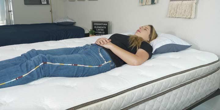 Dreamfoam Elements Hybrid back sleeping